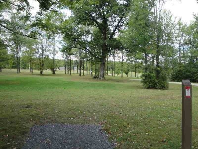 Pymatuning State Park, Main course, Hole 2 Short tee pad