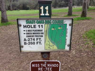 Shady Oaks Park, Main course, Hole 11 Hole sign