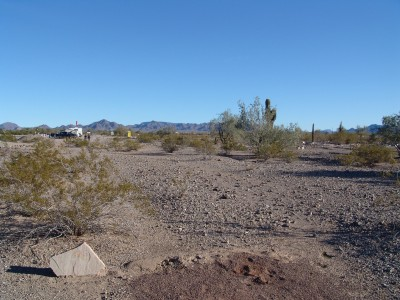Quartzsite Town Park, Main course, Hole 8 Tee pad