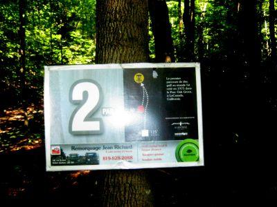 Mont Ham, Main course, Hole 2 Hole sign