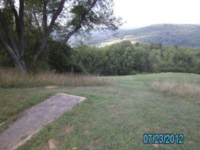 Dorsey's Knob DGC, Main course, Hole 10