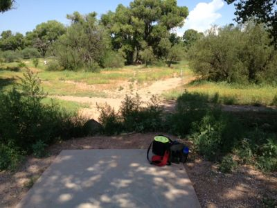 Cottonwood Riverfront Park, Main course, Hole 2 Tee pad