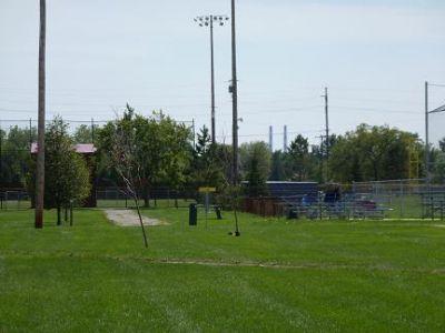 Wyandotte Memorial Park, Main course, Hole 5 Short approach