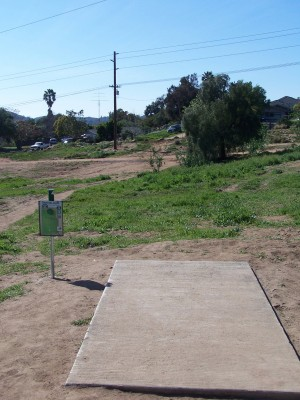 Montiel Park, Main course, Hole 4 Short tee pad