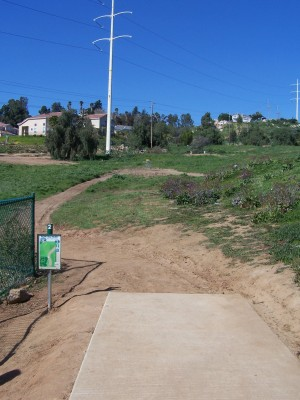 Montiel Park, Main course, Hole 2 Short tee pad