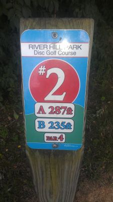 River Hill Park, Main course, Hole 2 Hole sign