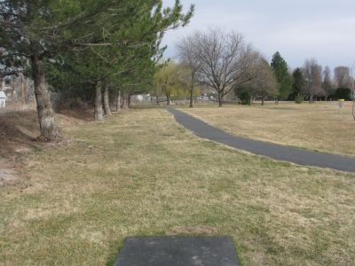 Pendleton Community Park, Rotary DGC, Hole 2 Tee pad