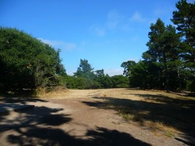 DeLaveaga Park, Main course, Hole 14 Tee pad