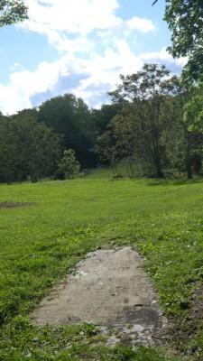 Harmon Farm, Harmon Hills, Hole 1 Tee pad