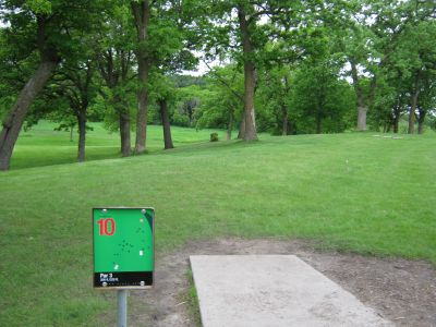 Crown College, Main course, Hole 10 Long tee pad