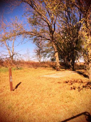Eisenhower State Park, Melvern Lake, Hole 10 Middle tee pad