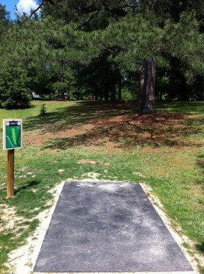 University of Richmond, Main course, Hole 3 Tee pad