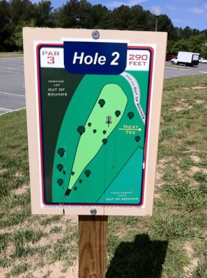 University of Richmond, Main course, Hole 2 Hole sign