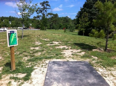 University of Richmond, Main course, Hole 2 Tee pad