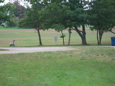 Marion Township Hall, Main course, Hole 15 Tee pad