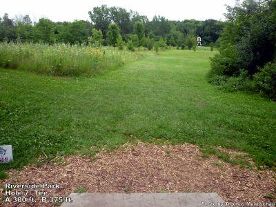 Riverside Park, Main course, Hole 7 Tee pad