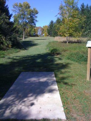 Zobel Park, Main course, Hole 8 Long tee pad