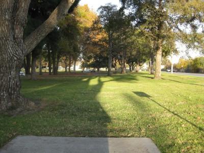 Whittier Narrows Park, Main course, Hole 13 Tee pad