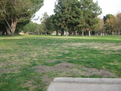 Whittier Narrows Park, Main course, Hole 4 Tee pad
