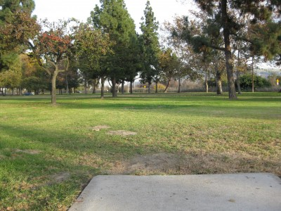 Whittier Narrows Park, Main course, Hole 12 Tee pad
