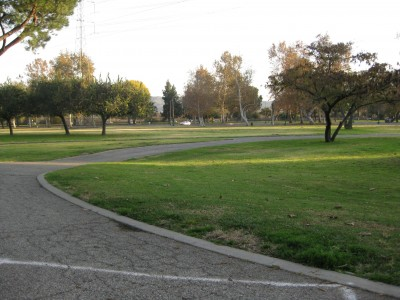 Whittier Narrows Park, Main course, Hole 18 Tee pad
