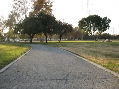 Whittier Narrows Park, Main course, Hole 16 Tee pad