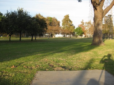 Whittier Narrows Park, Main course, Hole 14 Tee pad