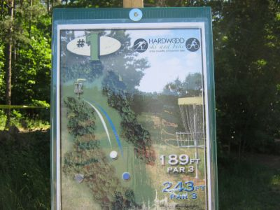 Harwood Ski & Bike, Main course, Hole 1 Hole sign