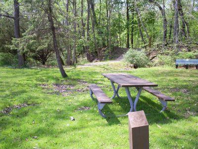 Memorial Park, Veteran's Memorial DGC, Hole 7 Tee pad