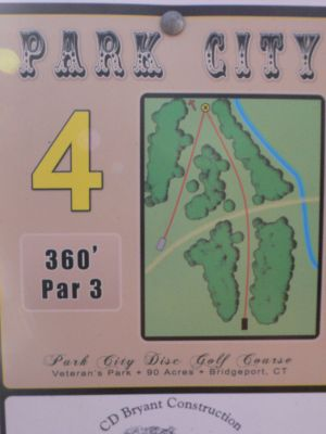 Veterans Memorial Park, Main course, Hole 4 Hole sign