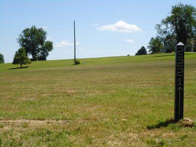 Churchville Rec Center, Churchville 6, Hole 2 Tee pad