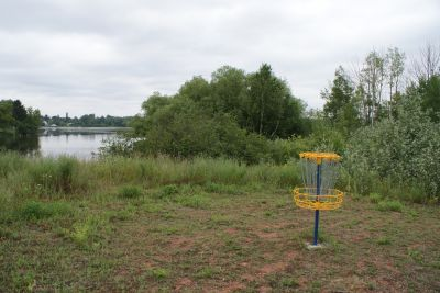 Lake Linden Village Park, Torch Lake DGC, Hole 5