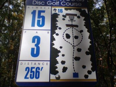 Wickes Woods, Main course, Hole 15 Hole sign