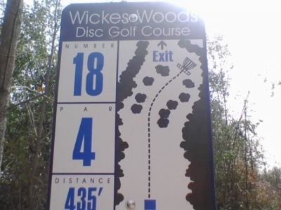 Wickes Woods, Main course, Hole 18 Hole sign