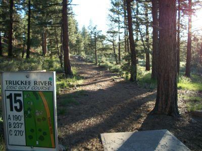 Truckee River Regional Park, Main course, Hole 15 Tee pad
