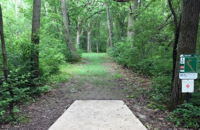 Indian Oaks, Main course, Hole 6 Long tee pad