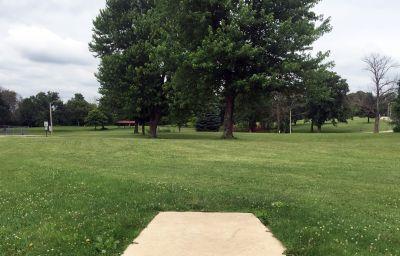 Indian Oaks, Main course, Hole 1 Long tee pad