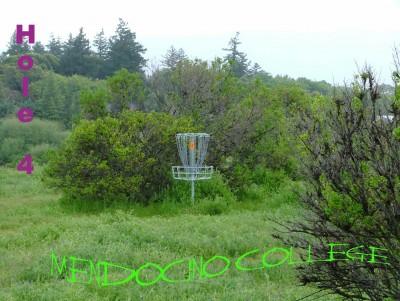 Mendocino College, Main course, Hole 4 Putt