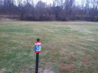 Kenyon Riverside, Main course, Hole 5 Hole sign