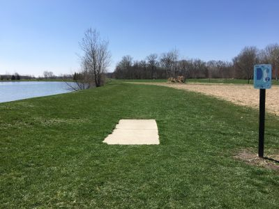 Blue Heron Park and Wetlands, Main course, Hole 2 Tee pad