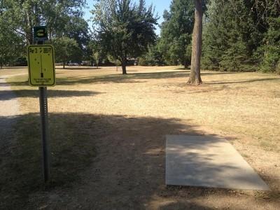 Heritage Park, Main course, Hole 3 Tee pad