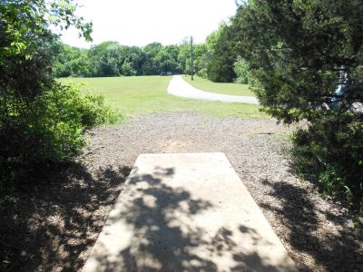 Kenneth L. King Park, Main course, Hole 8 Tee pad