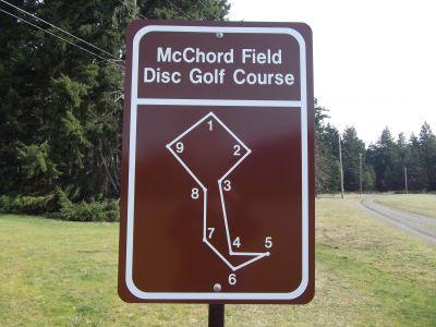 McChord Air Field DGC, Main course, Hole 1