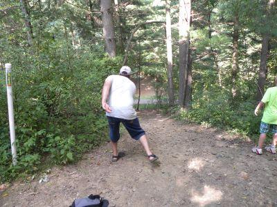 Dillon State Park, Woodchuck Ridge, Hole 2 Tee pad