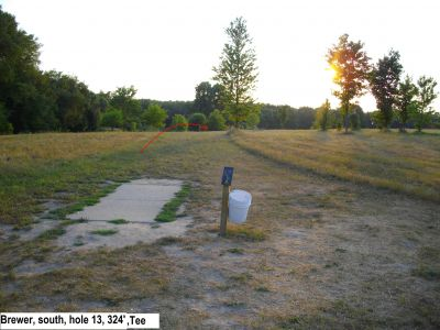 Earl W. Brewer Park, South course, Hole 13 Tee pad