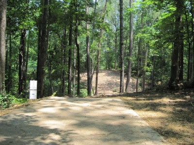 Inverness Disc Golf Park, Main course, Hole 3 Long tee pad