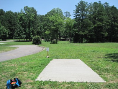 Inverness Disc Golf Park, Main course, Hole 6 Long tee pad