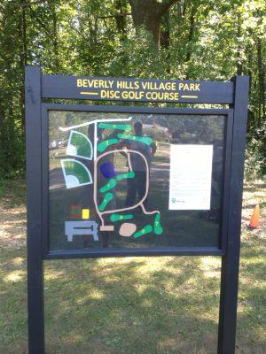 Beverly Park, Beverly Park DGC, Hole 1 Hole sign