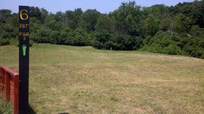 Beverly Park, Beverly Park DGC, Hole 6 Tee pad