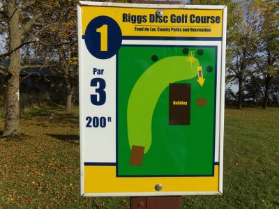 Riggs Park, Main course, Hole 1 Hole sign